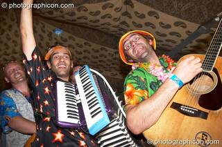 The Cosmic Sausages playing in the Bedouin Cafe at Big Green Gathering 2006. Burrington, Cheddar, Great Britain. © 2006 Photographicon