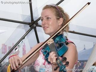 Kate Farbon of Orchid Star in the idSpiral dome (Dance Village) at Glastonbury Festival 2005. Pilton, Great Britain. © 2005 Photographicon