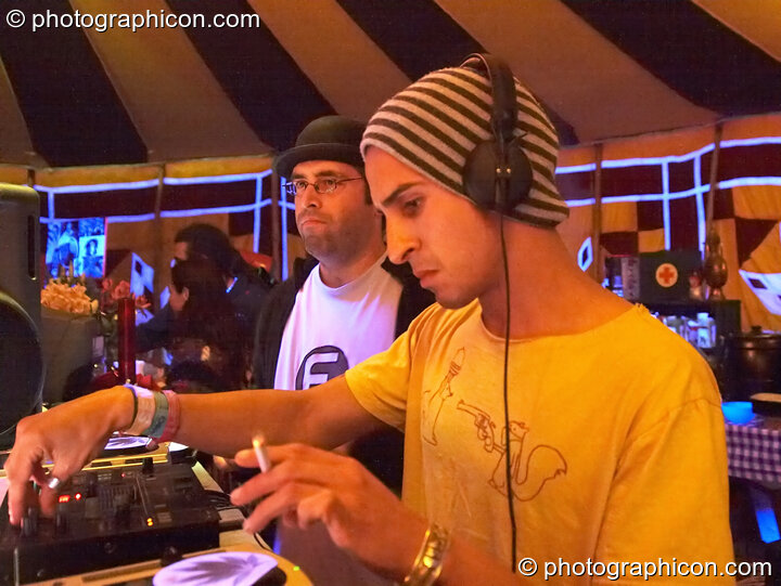 Nadi (Domo Records) and Bedouin (Domo Records) DJ in the Progressive Tent at Planet Bob's Offworld Festival 2007. Swindon, Great Britain. © 2007 Photographicon