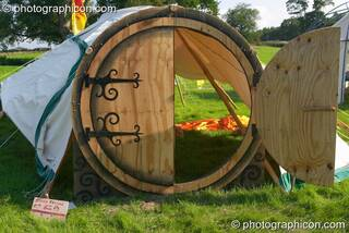 The round doorway to the story telling tent at the Turaya Gathering 2004. Wimborne, Great Britain. © 2004 Photographicon