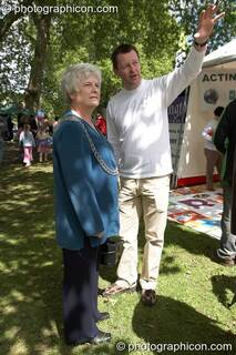 The Worshipful Mayor of the Royal Borough of Kingston upon Thames, Councillor Mary Reid, talks to Rob Dickson, head of RBK's Environment & Sustainability Services, at Kingston Green Fair 2006. Great Britain. © 2006 Photographicon