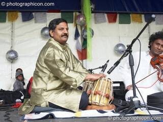 Balasubramaniam perform on the World Stage at Kingston Green Fair 2007. Kingston upon Thames, Great Britain. © 2007 Photographicon