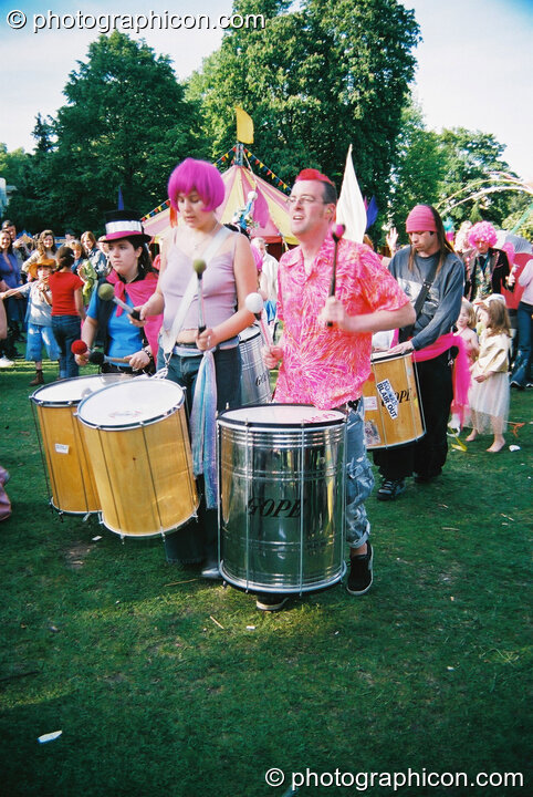 Rhythms of Resistance at Kingston Green Fair 2003. Kingston upon Thames, Great Britain. © 2003 Photographicon