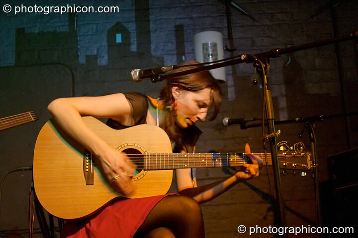Martha Tilston at The Ram Jam. Kingston Upon Thames, Great Britain. © 2004 Photographicon