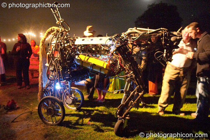 Paka's Metal Horse at the Lost Vagueness Summer Party 2004. Lewes, Great Britain. © 2004 Photographicon