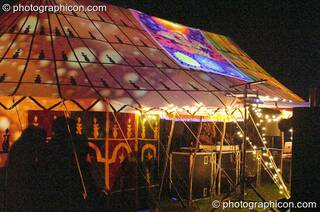 The main stage at Wing Makers Solstice 2005. Launceston, Great Britain. © 2005 Photographicon
