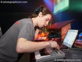 Matt Allaby playing in the Digital Disco space at Echo System. London, Great Britain. © 2006 Photographicon