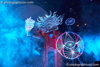 Michele Adamson and Raja Ram enter the stage wearing Shpongle masks at Shpongle Live in Concert. London, Great Britain. © 2008 Photographicon