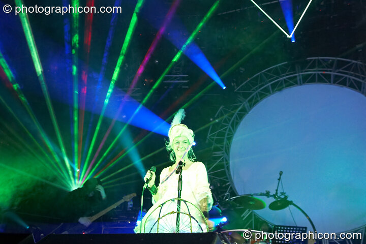 Michele Adamson performs in costume on vocals with Shpongle at Shpongle Live in Concert. London, Great Britain. © 2008 Photographicon