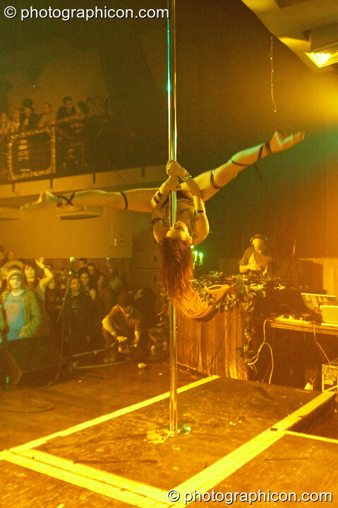 Terri Hosford of Fluorotrash performs psychedelic pole dancing on the Skandalous! stage at Electric Circus / Circus2Gaza. London, Great Britain. © 2009 Photographicon