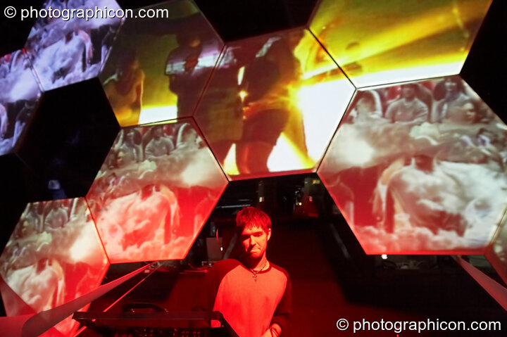 Giani performs on the Glitch-Out stage at The Synergy Project with decor by IDspiral and visual projections by Pixel Addicts. London, Great Britain. © 2007 Photographicon
