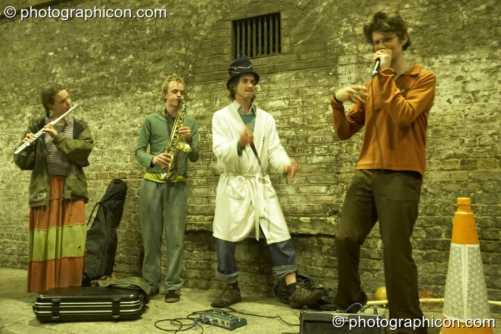 A Spirit Jamming session in the road tunnel outside The Synergy Project. London, Great Britain. © 2007 Photographicon