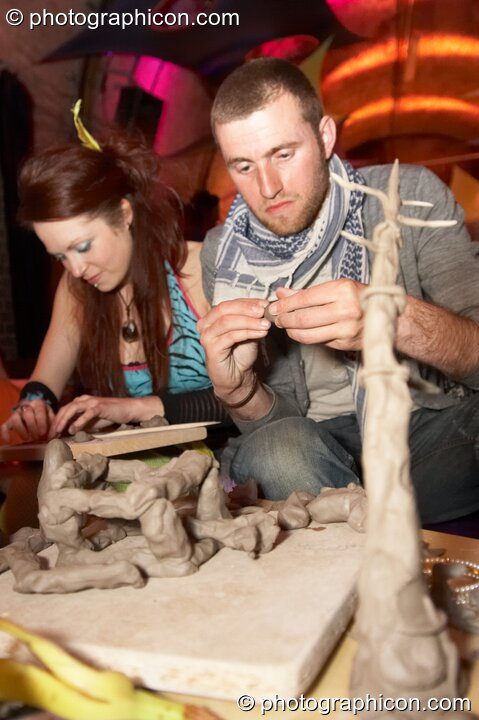 A workshop by Whale of a Time on clay modelling of endangered species at The Synergy Project. London, Great Britain. © 2008 Photographicon