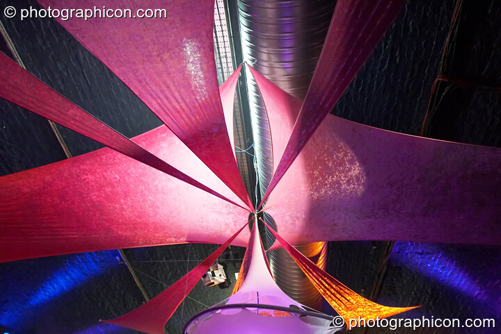 Decor and visual projects by Extra Dimensional Space Agency in the Folktronica room at Luminopolis (formerly The Synergy Project). London, Great Britain. © 2008 Photographicon