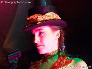 Woman performer wearing a top hat in the Whirl-Y-Gig space at The Synergy Project. London, Great Britain. © 2006 Photographicon